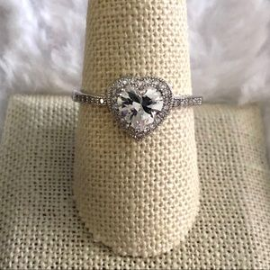 Heart halo ring size 10 promise, love ring NWOT